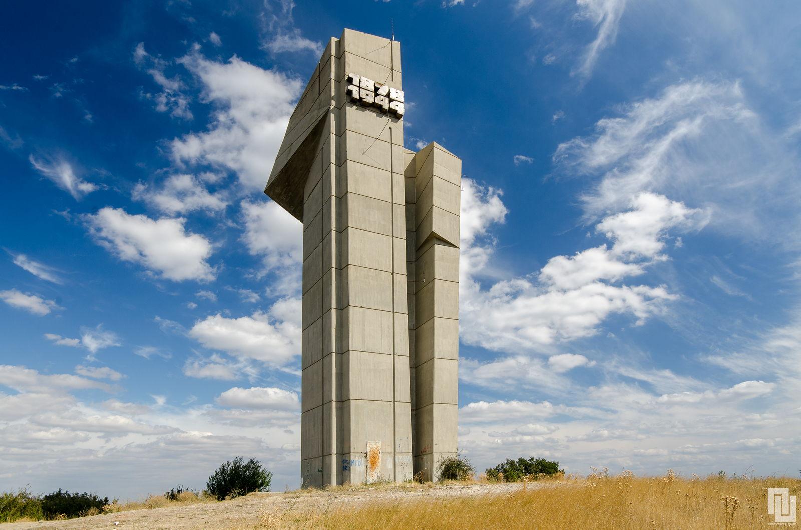Bakadjik-memorial-of-Russian-Liberators-4