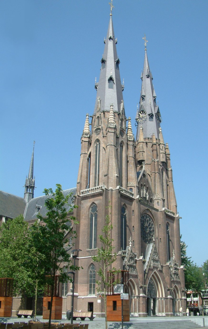 Catharina kerk Roman Catholic city center church Cathedral Eindhoven