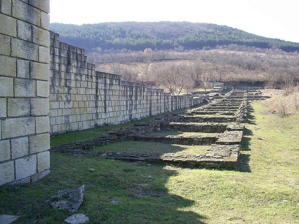 Fortress-Walls-Veliki_Preslav_walls_Enev