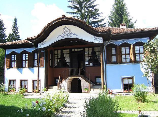 Koprivstiza-ethnic-house