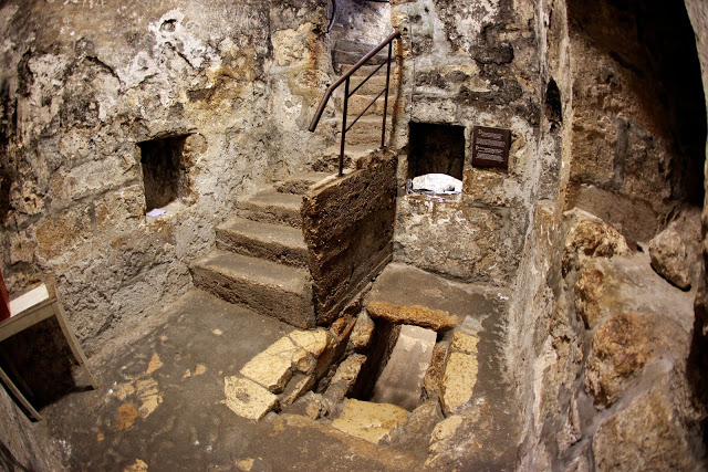 Lazarus-Resurrection-place-tomb-in-Bethany-Israel-Lazarus-resurrected-in-4th-day-by-Christ