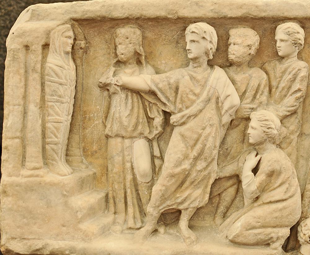 Sarcophagus-of-Jonah-Lazarus_resurrection-engraved-3rd-4th-century