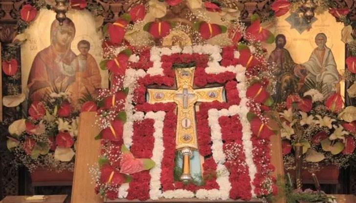 Sunday-of-the-Veneration-of-the-Holy-Cross-Bulgarian_Orthodox-Church