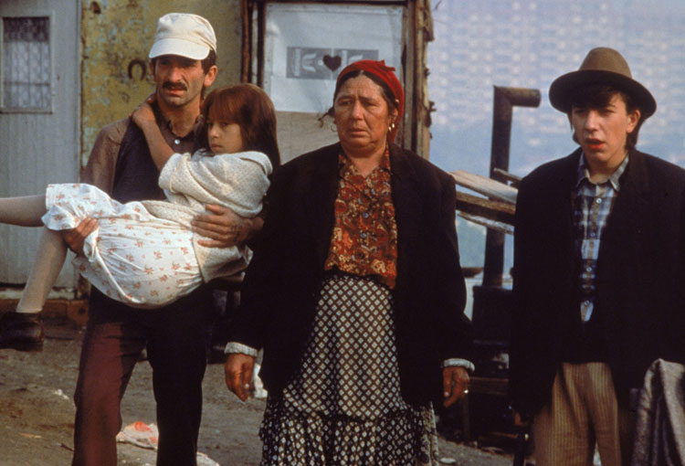 Time-of-the-Gypsies-Perhan-family