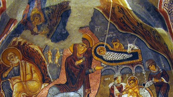 chestito-rojdestvo-hristovo-merry-Christmas-a-monastery-fire-stopped-by-Gods-grace
