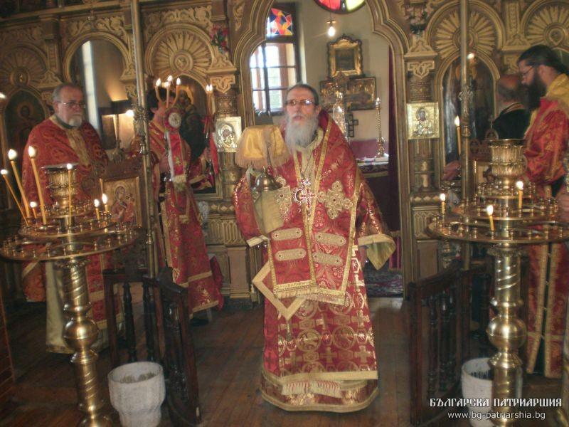 hramov_Praznik_Sv-Spas-Bakadjika-near-Yambol-monastery