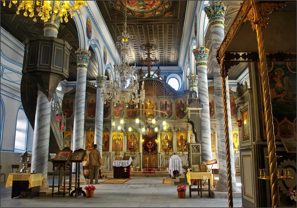 saint-Peter-and-Paul-church-inside-interior-Sopot