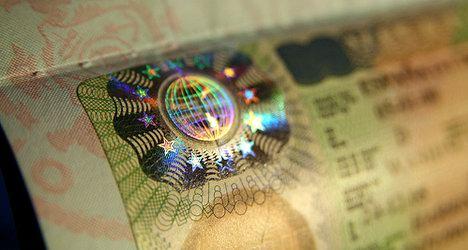 Shengen tourist visa travel to Holland from belarus via Lithuania
