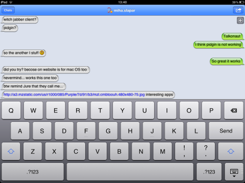 TalkonAut Sender and replier message on different side screenshot