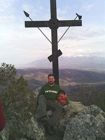the-cross-on-top-of-mountain-ruenski-monastery